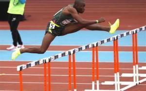 El atleta estadounidense Grant Holloway, durante las semifinales de los 60 metros vallas de la Reunión Internacional de Atletismo Villa de Madrid 2021