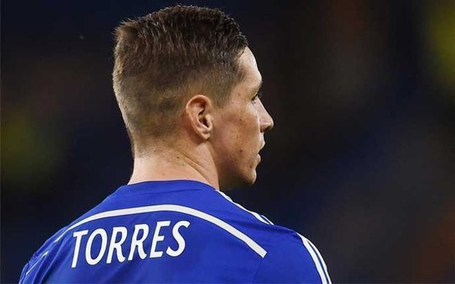 Torres vestirá la camiseta rossonera las dos próximas temporadas
