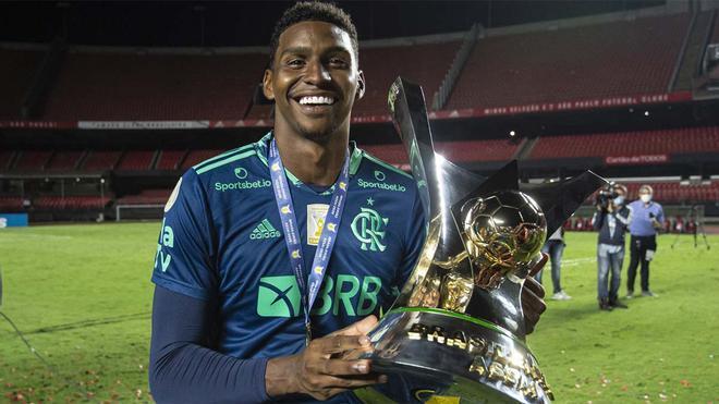 Hugo Souza conquistó el Brasileirao con el Flamengo