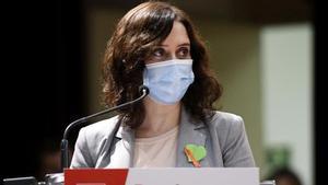 Ayuso anuncia que la vacunación masiva en Madrid comenzará el próximo mes de abril