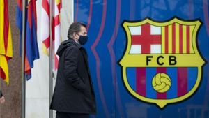 Toni Freixa llegando a la reunión en las oficinas del Barça