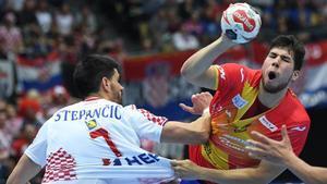 Dani Dujshebaev cayó lesionado y se pierde la temporada