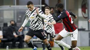 El Manchester United logró avanzar a cuartos de final tras una diferencia mínima respecto al Milan