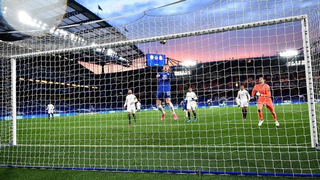 El cabezazo de Timo Werner que encarriló la clasificación del Chelsea