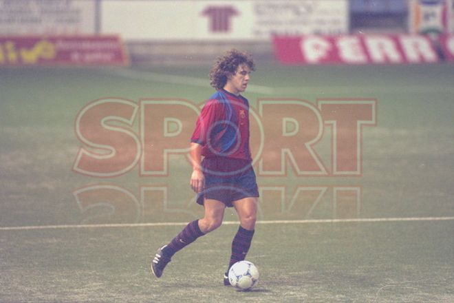 12.Carles Puyol 1999-2000