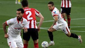 El Sevilla se deja media liga ante el Athletic