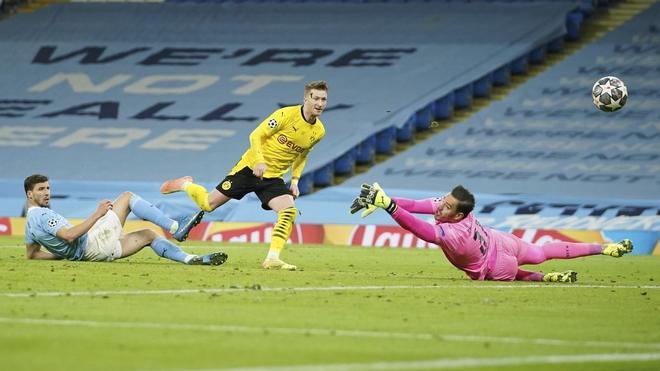 A pesar de perder, el tardío gol de Reus mantiene vivas las esperanzas del Borussia Dortmund de llegar a semifinales