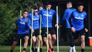 La Atalanta ultima preparación de duelo con el Madrid