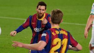 Messi y De Jong, titulares