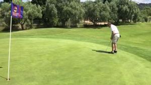 Uno de los participantes en el X Torneig de Golf Penyes Barça