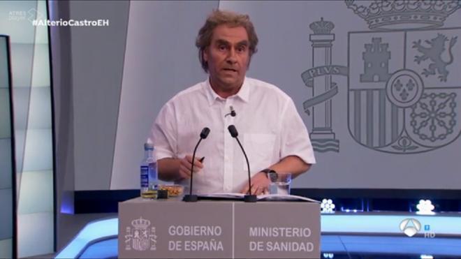Esta es la increíble imitación que ha hecho Carlos Latre de Fernando Simón