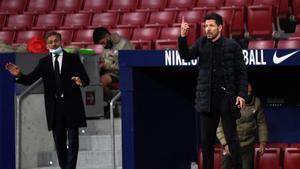 La cara que se le quedó a Simeone después de no entender las dos preguntas de un periodista