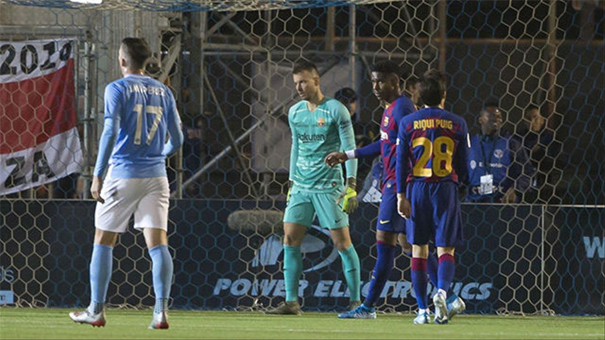 Neto salvó al Barça en su momento más crítico