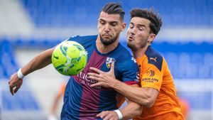 El Huesca vuelve a Segunda: El resumen del empate ante el Valencia