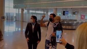 La petición que le hacen a Xavi nada más aterrizar en Barcelona sobre la actual plantilla: ¡Tienes que hacerlo!