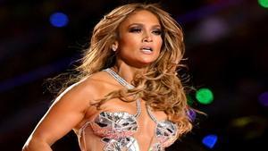Jennifer López se muestra sin maquillaje a los 51 años y el resultado te sorprenderá