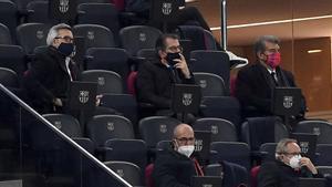 Así vivieron la remontada los tres candidatos a la presidencia desde el palco del Camp Nou
