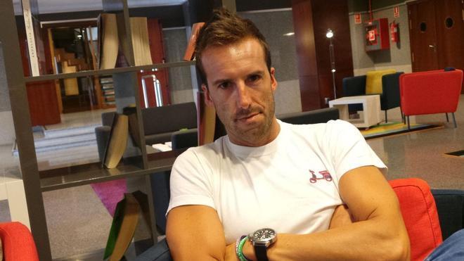 Álvaro Ojeda y Cruzcampo se enzarzan en una pelea a través de Twitter
