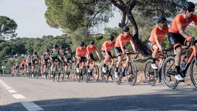 Arranca la Vuelta a la Comunidad Valenciana 2021
