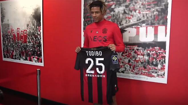 Todibo, presentado con el Niza