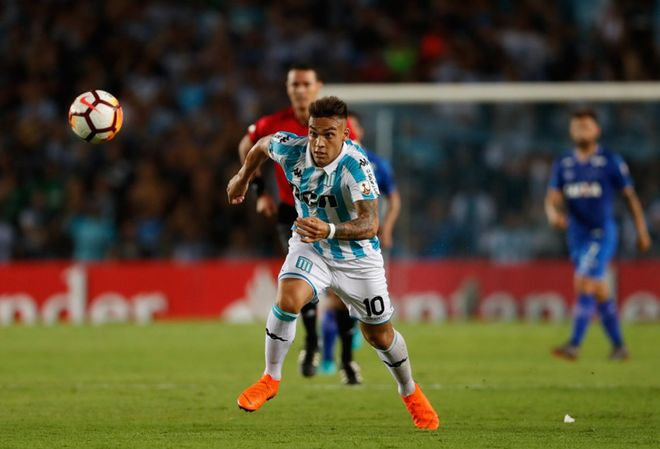 Acción de Lautaro Martínez durante un partido con Racing Avellaneda equipo con el disputó 61 partidos en cuatro temporadas.