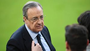 Florentino Pérez, a Alaba: Tienes un nuevo desafío: conquistar más títulos