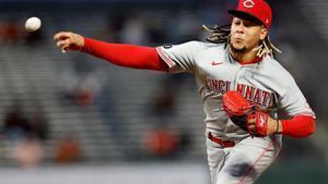 Luis Castillo, pitcher de los Cincinnati Reds.