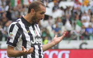 Giorgio Chiellini puede ser baja definitiva para el Juventus-Barça de la Champions 2014-15
