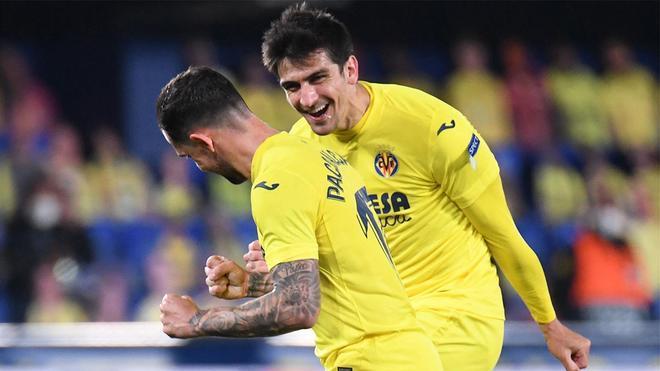 Paco Alcácer abrió el marcador ante el Dinamo Zagreb
