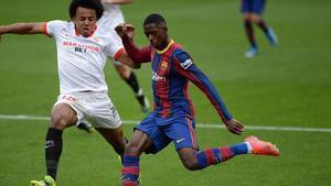 Dembélé ha destacado en una posición más centrada ante el Sevilla