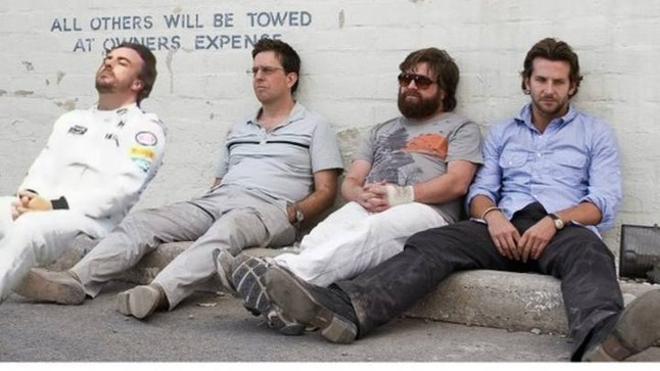 Los mejores memes de Fernando Alonso tomando el sol en Interlagos