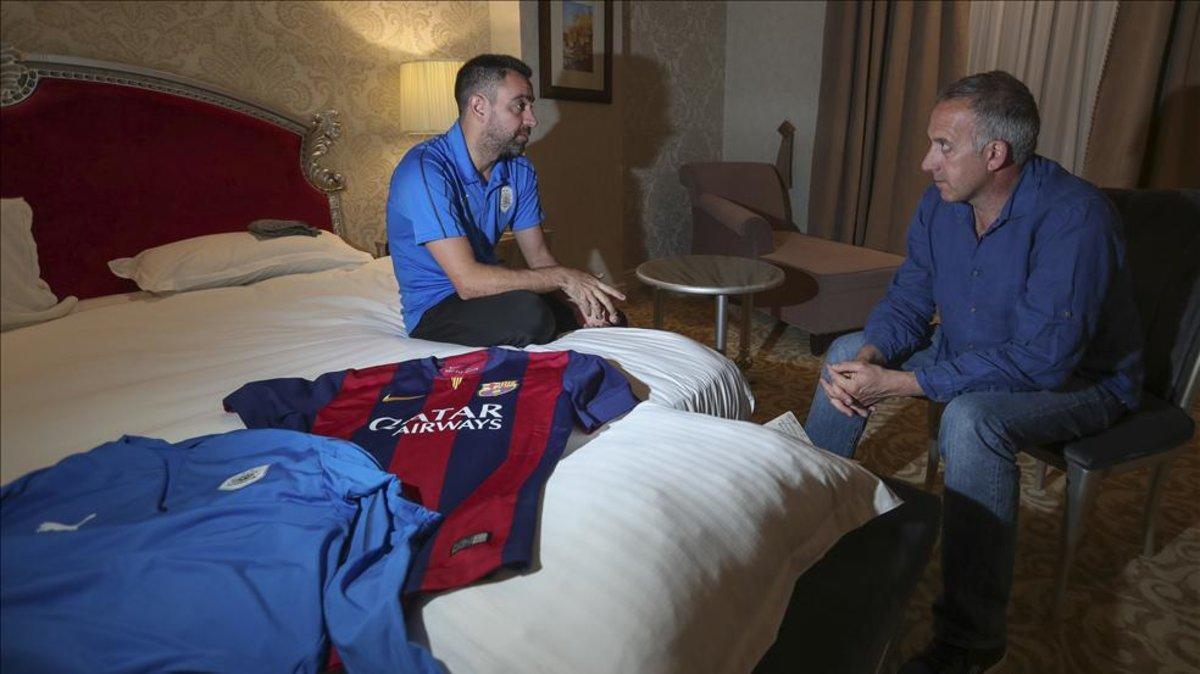 Xavi Hernández analizó la actualidad azulgrana con el subdirector de Sport en su habitación