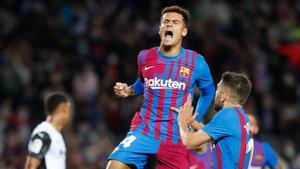 Courinho selló la victoria para el Barça con el tercer gol
