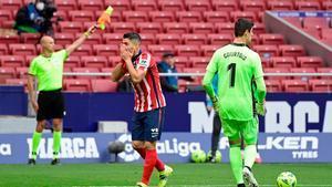 ¡Courtois salvó el doblete de Luis Suárez!