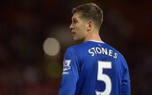 A Stones ya le quiso fichar Mourinho para el Chelsea