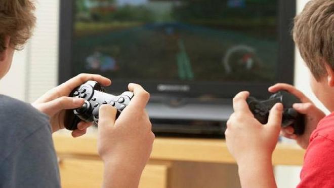 Un niño ingresado en el hospital tras refugiarse en los videojuegos