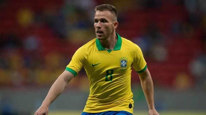 Arthur debuta como titular en esta Copa América