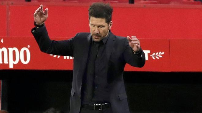 Simeone frustrado ante el Sevilla
