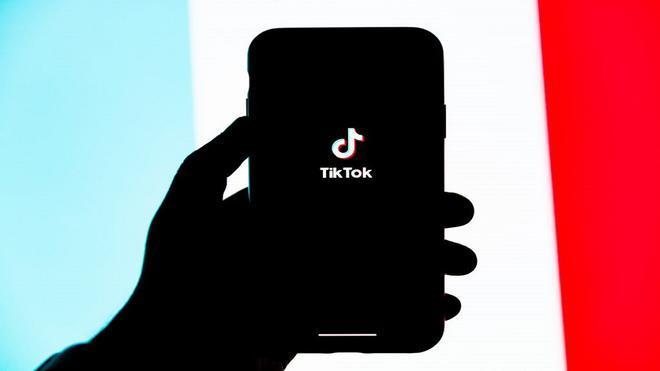 TikTok ofrece apoyo para combatir los intentos de suicidio