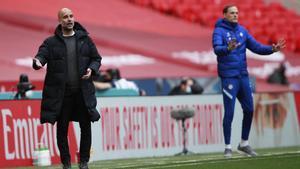 Guardiola y Tuchel durante su enfrentamiento en FA Cup