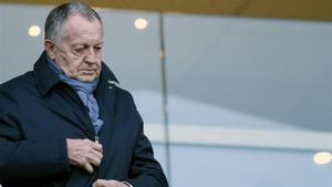 Aulas critica nuevamente a la Ligue 1 por suspender la competición