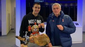 Mourinho explicó la apuesta del jamón con Reguilón