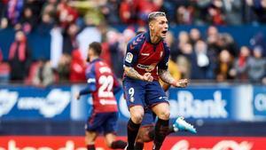 Chimy Ávila, celebrando un gol