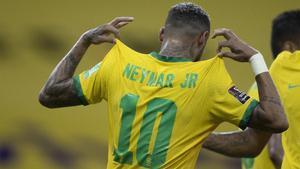Neymar Jr. jugará tres partidos en octubre con su selección