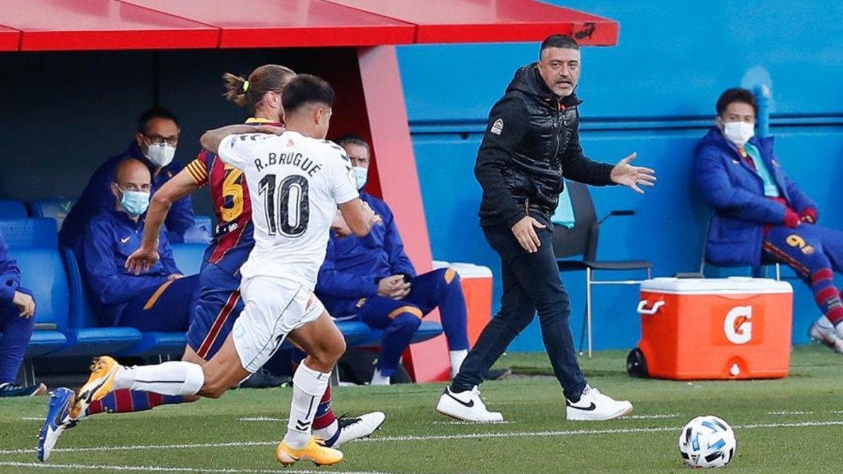 García Pimienta, satisfecho con sus futbolistas en el arranque liguero