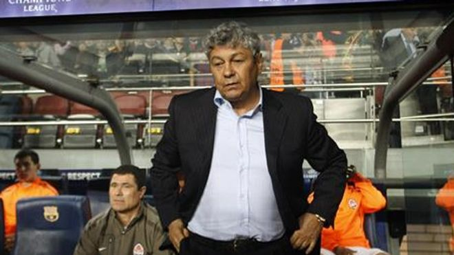 Mircea Lucescu, en el banquillo del Camp Nou cuando era entrenador del Shakhtar Donetsk