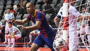 Ferrao fue clave ante el Kairat con sus tres goles