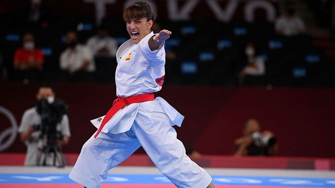 Sandra Sánchez, durante la final de kata femenina en Tokio 2020