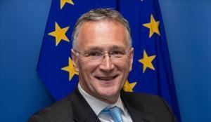El presidente del Consejo Europeo de Investigación de la UE dimite por la gestión del coronavirus