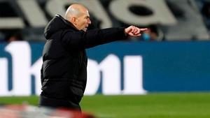Zidane: A Isco no le doy la oportunidad de demostrar el jugador que es